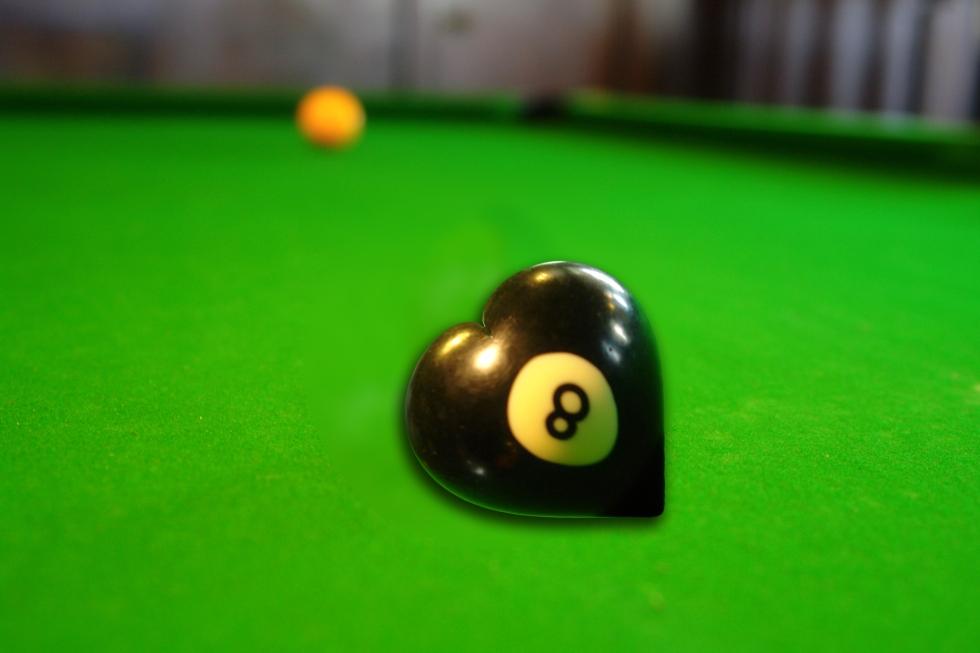 8 ball heart
